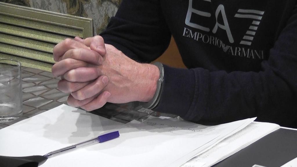 Экс-директора «Забайкальских сувениров» арестовали загрупповое вымогательство квартир
