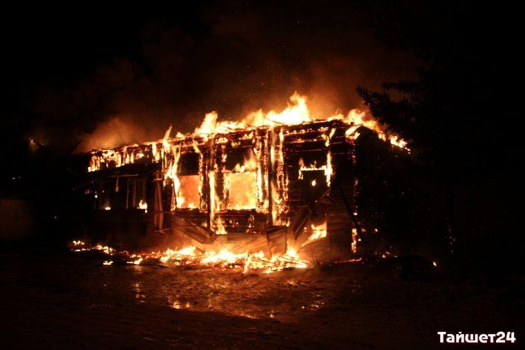 ВТайшете сгорели магазин «Светофор» и сооружение котельной