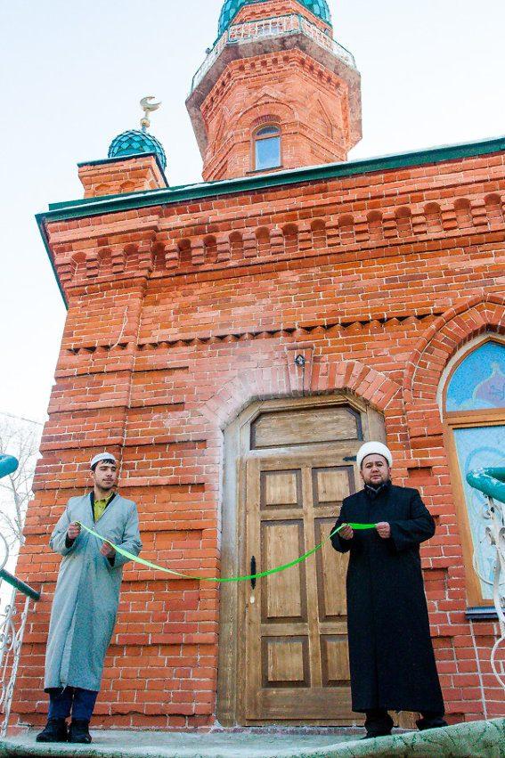 Где находится соборная мечеть
