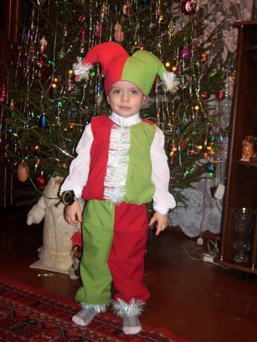 Новогодний костюм для мальчика фото быстро и красиво гнома