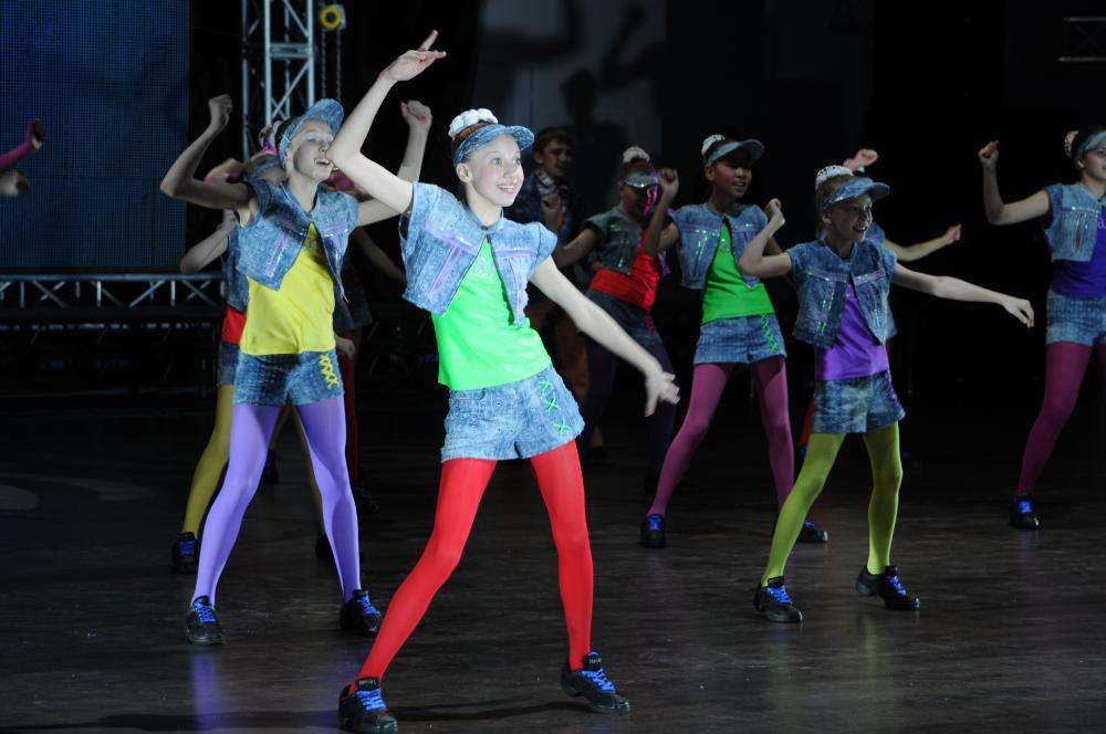 Конкурс танцев с современной музыкой