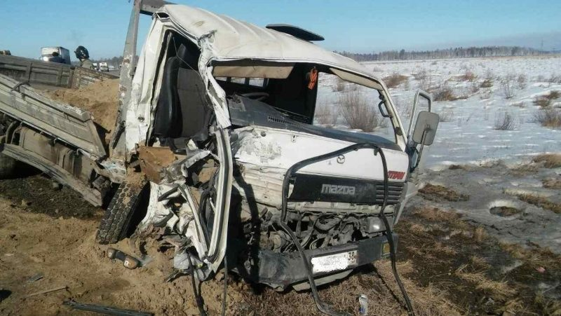 ВУсолье-Сибирском задержали водителя фургона, сбежавшего сместа ДТП