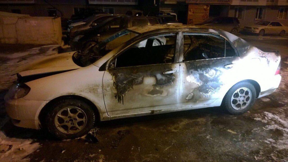 НаБайкальской вИркутске сгорел автомобиль