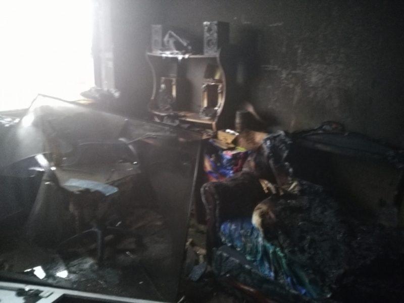 ВУсть-Илимске впожаре погибли две женщины и ребенок