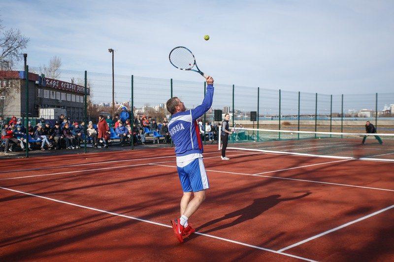 Городской корт для огромного тенниса обустроили вИркутске