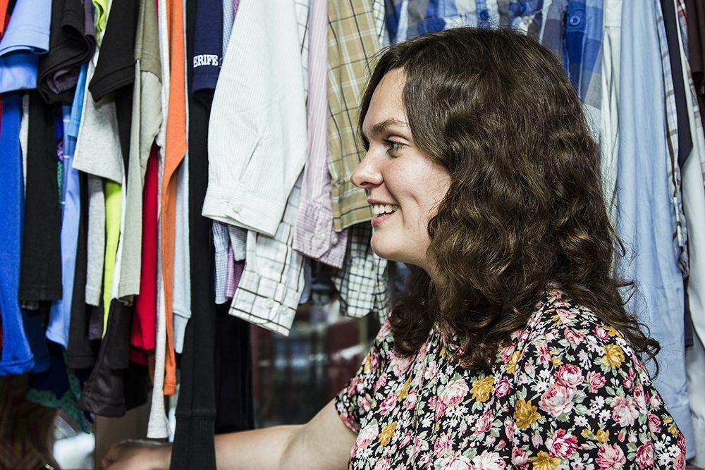 Где продавцы закупают одежду
