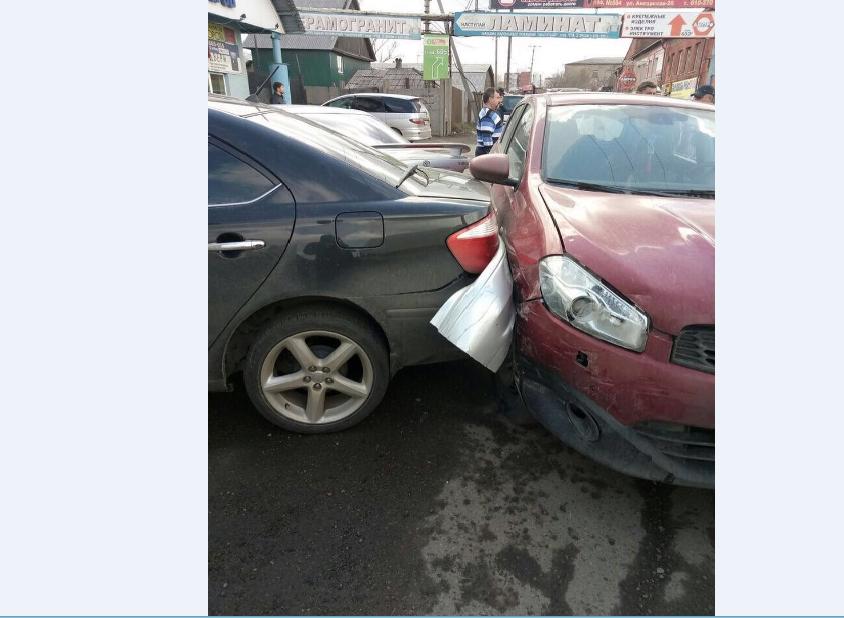 ВИркутске шофёр впроцессе сердечного приступа сбил пешехода искончался