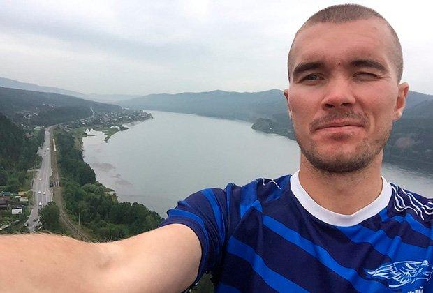 Страница Максима Егорова-Курмыша во ВКонтакте