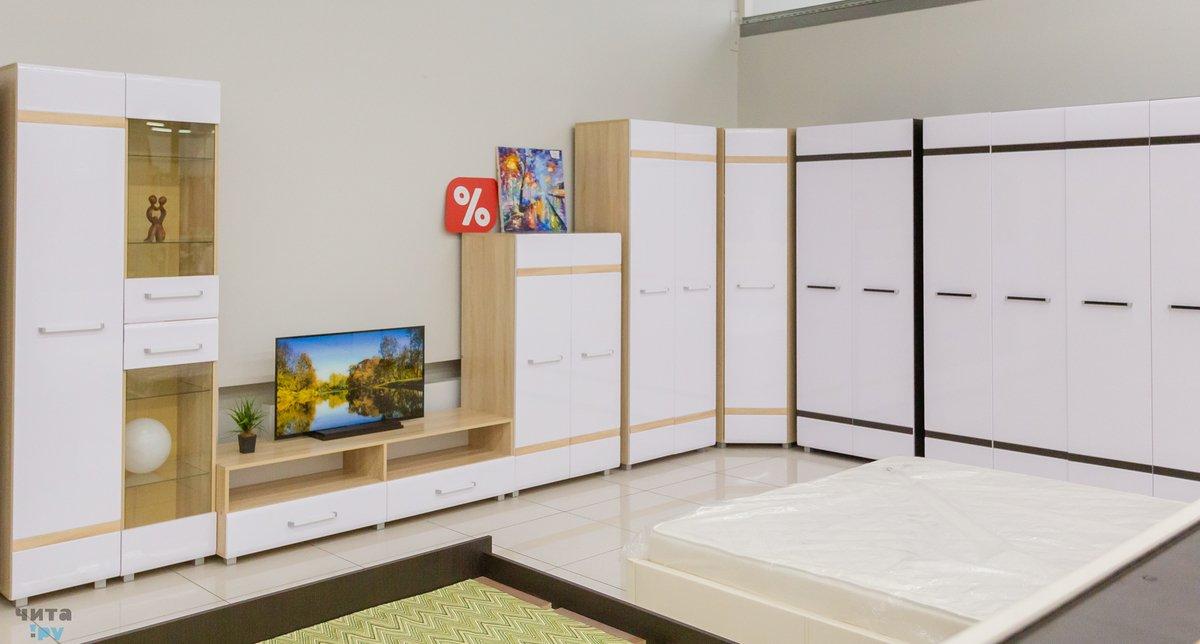 2b0a472c Новую коллекцию мебели с белыми глянцевыми фасадами привёз дисконт ...