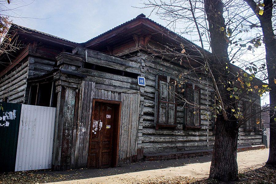 Дом Рассушина, давай, до свидания: в Иркутске снова скандал со старым домом