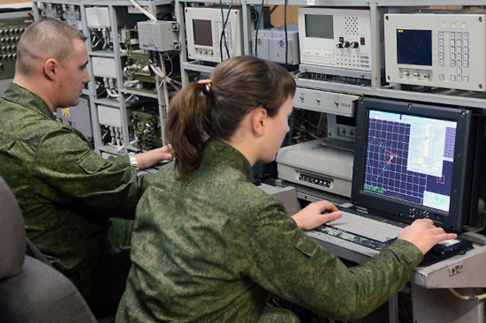 Работа военная служба для девушек работа девушкам до 18
