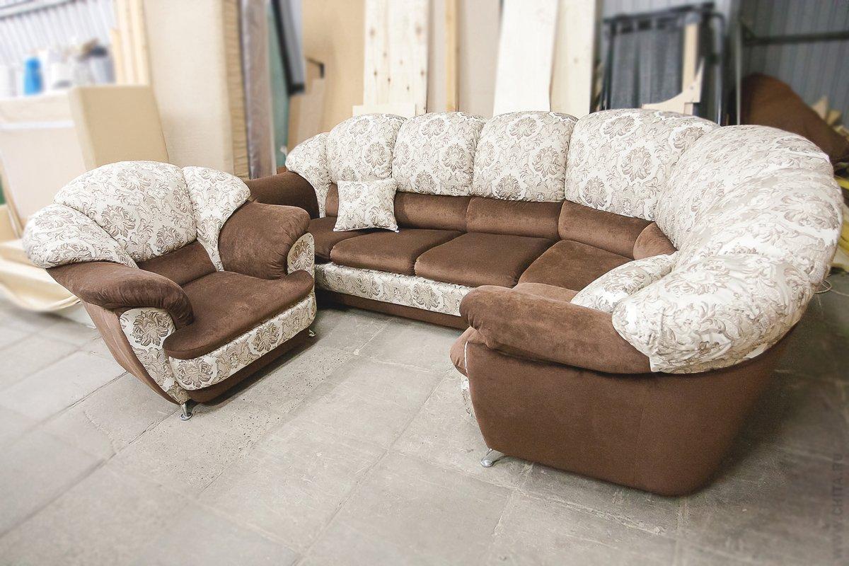 Чем обшить старый диван своими руками