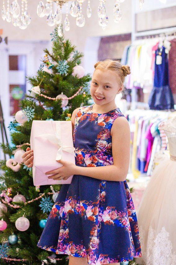 Магазин детской одежды  новогодние