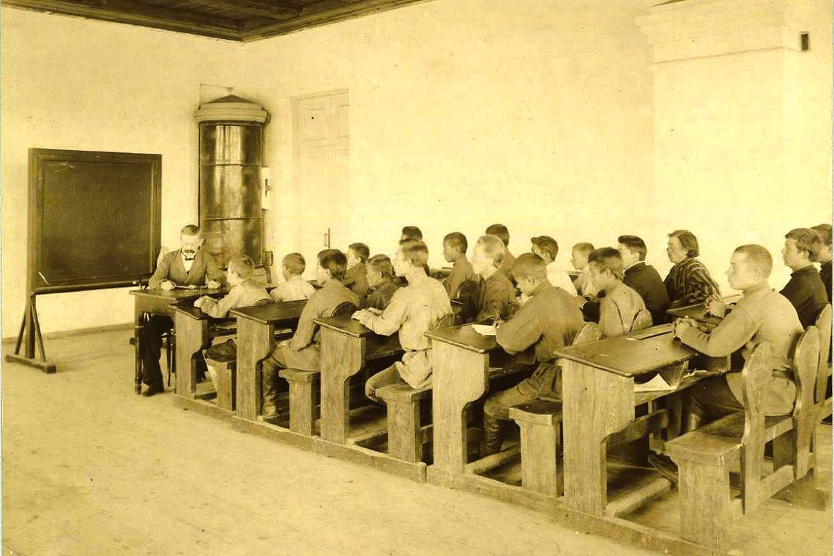 первые школ в россии картинки весьма
